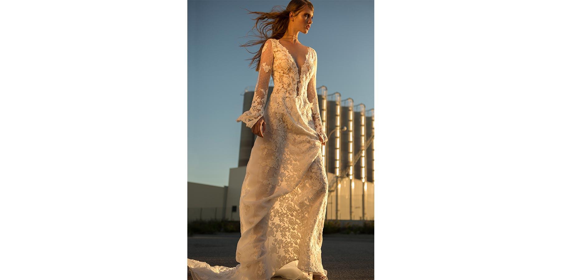 Colección Ellas 17. Vestido de novias modelo magda